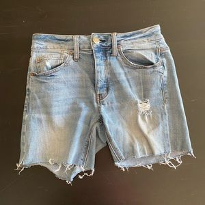 AEO Tomgirl Button fly High Rise distressed Shorts